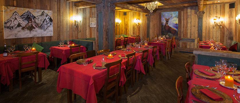 Italy_Cervinia_Hotel-Punta-Maquignaz_dining-room.jpg